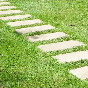 きれいな芝生のお庭になりました。愛知県豊川市T様